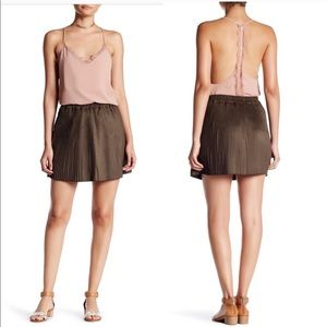 NWT Romeo + Juliet Couture Skirt